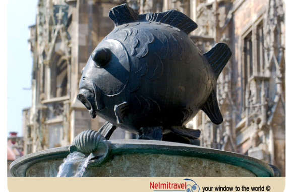 Marienplatz,Fish Fountain,Tourist attractions in Munich; Fischbrunnen; Fish Fountain Munich;